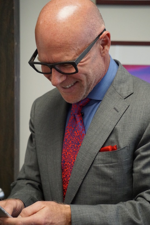 Darren Kavinoky online connecting with fans on social media